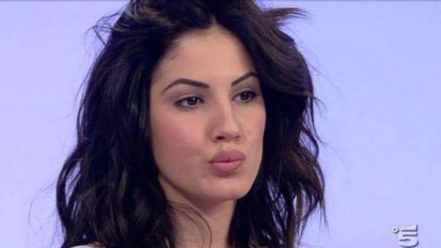 Giulia De Lellis bersagliata dagli haters su Instagram: 'È un po' malata'