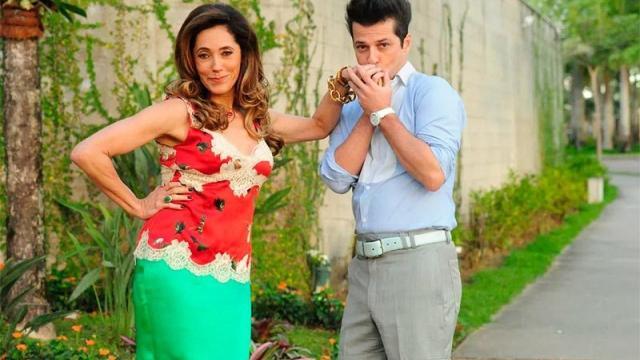 Griselda descobre que Tereza Cristina é irmã de Álvaro em 'Fina Estampa'