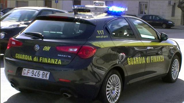 Guardia di Finanza denuncia 101 boss con Reddito di cittadinanza a Reggio Calabria