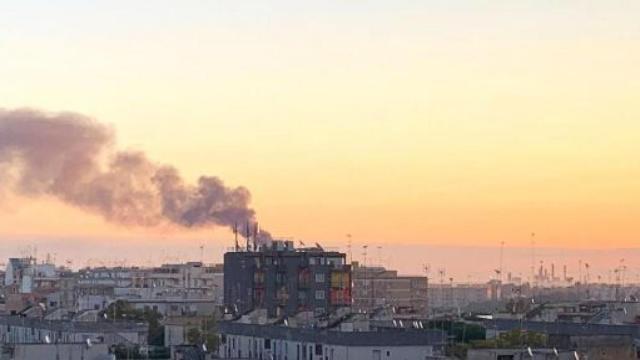 Brindisi, cittadini travolti da odore malsano: Il sindaco ferma l'impianto Eni Versalis