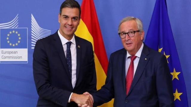 Bruselas le advierte a Pedro Sánchez: España tiene que contener el gasto público