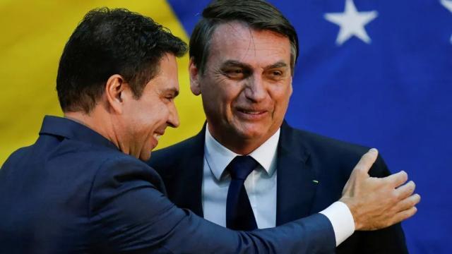 Oposição se reúne para derrubar Bolsonaro em meio a crise gerada pelo coronavírus