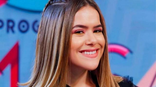Maisa comemora seus 18 anos postando seus primeiros palavrões