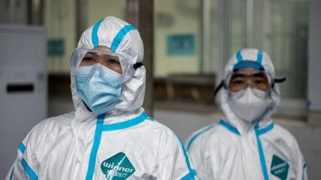 Nuevos casos de coronavirus en China presentan síntomas diferentes