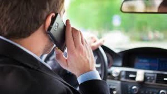 Téléphone au volant : des sanctions plus strictes