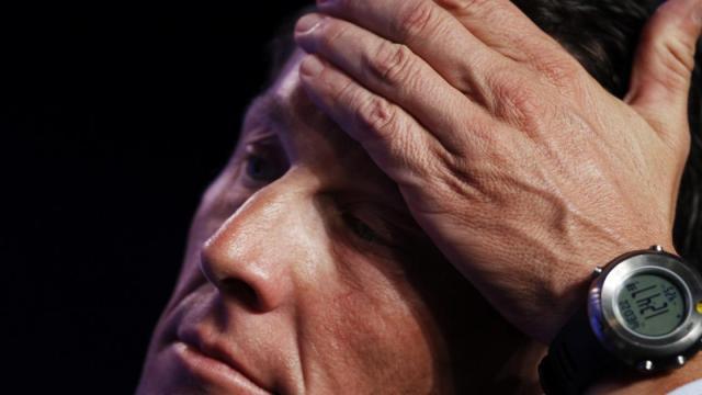 Armstrong, ex ciclista: 'Ho pagato il pranzo ad alcune persone che mi insultavano'