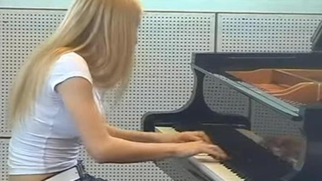 Domodossola: la pianista Alice Severi trovata senza vita nella sua casa, aveva 32 anni
