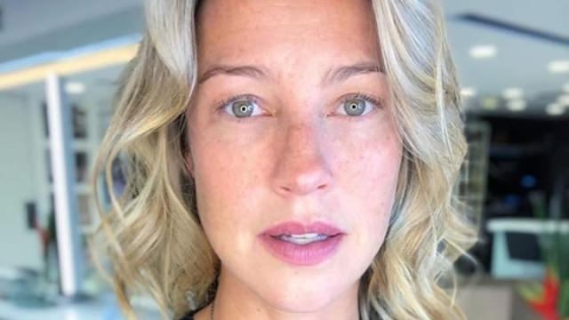 Em live, Luana Piovani confessa relação íntima 'por educação'