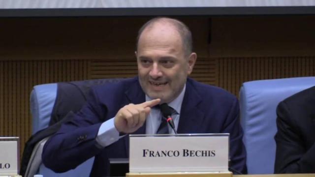 Bechis: 'Per Conte e i suoi collaboratori mascherine a metà prezzo'