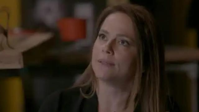 Totalmente Demais: Lili não acredita em Rafael sobre vida criminosa de Sofia