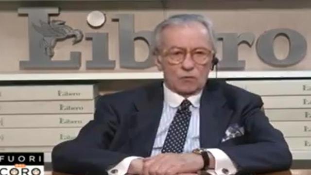 Vittorio Feltri a Fuori dal Coro: 'Spaventato dai virologi, ce ne sono tantissimi'