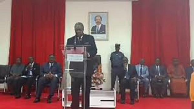 Les recours reprennent sous surveillance au Cameroun