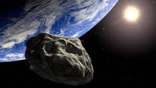 Un astéroïde de la taille de la Tour Eiffeil 'frolera' la Terre le 6 juin prochain