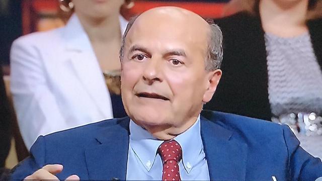 Bersani: 'Il coronavirus? Con il centrodestra al governo non sarebbero bastati i cimiteri'