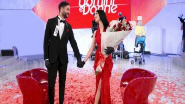 Uomini&Donne, il presunto like Instagram di Giovanna su commento contro Sammy: 'Gentaglia'
