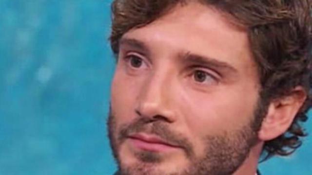 Nuova fiamma bionda per Stefano De Martino?
