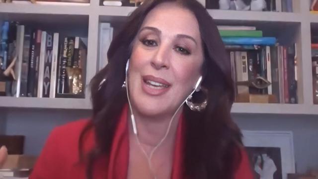 Claudia Raia fala sobre menopausa e intimidade durante quarentena
