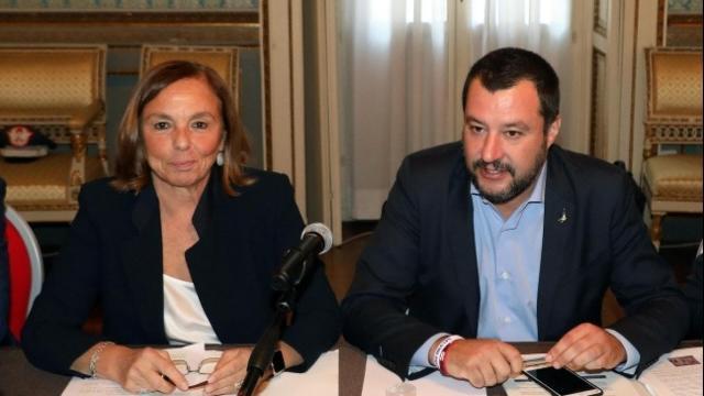 Matteo Salvini chiede a Lamorgese quanti sono i migranti positivi sbarcati ad Augusta