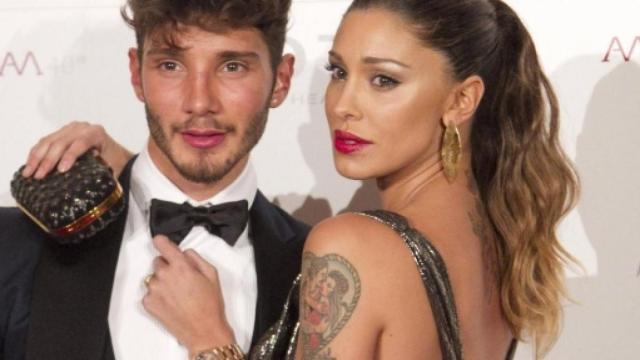 De Martino nega la presunta relazione con Alessia Marcuzzi: 'Vi prego, evitiamo'