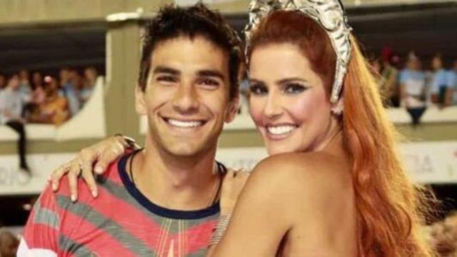 Deborah Secco fala sobre intimidade com o marido Hugo Moura no início do relacionamento