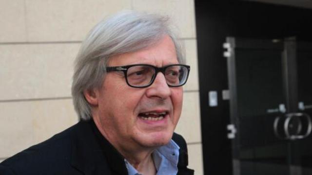 Quarta Repubblica, Sgarbi: 'I parlamentari dei 5 stelle sono ipocriti'