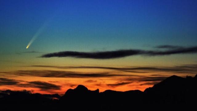 El cometa Neowise está deslumbrando en los cielos