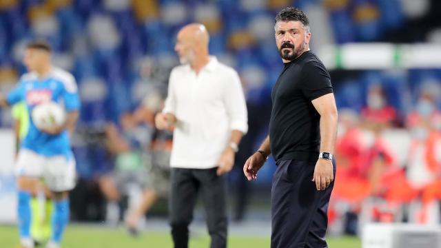 Napoli-Milan 2-2: Di Lorenzo e Mertens rimontano Hernandez, Kessié pareggia su rigore