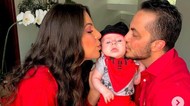 Thammy Miranda sai em defesa da esposa após crítica e diz que 'a criança tem pai'