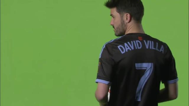 El futbolista David Villa es denunciado de acoso sexual en redes sociales
