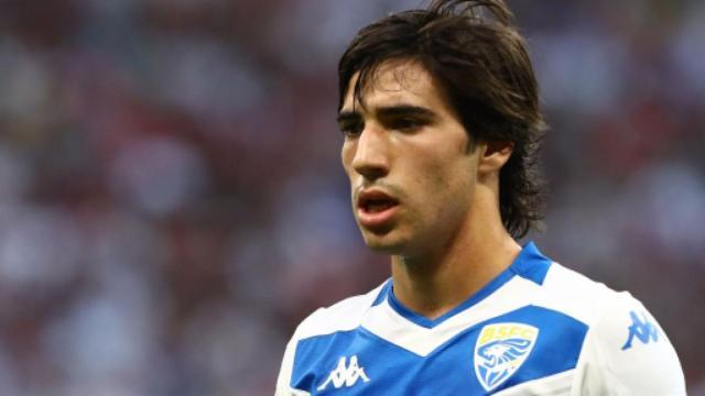 Calciomercato Inter: Tonali sarebbe vicinissimo al passaggio in nerazzurro (Rumors)