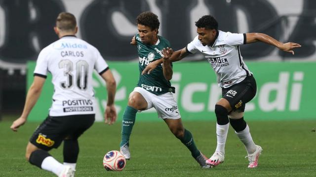 Em jogo ruim, Corinthians e Palmeiras ficam no zero a zero pela final do Paulistão