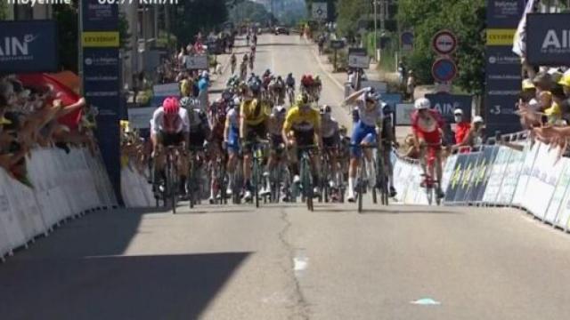 Bagioli batte Primoz Roglic nella prima tappa del Tour de l'Ain
