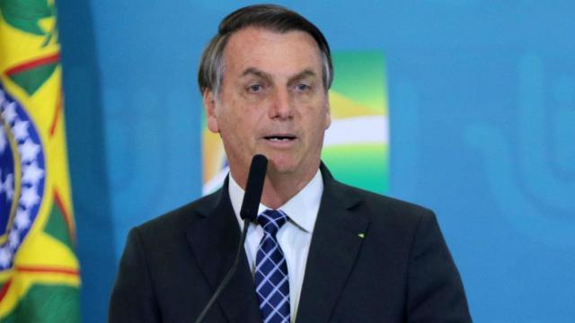 'Vamos tocar a vida', diz Bolsonaro após Brasil chegar a 100 mil mortes por Covid-19