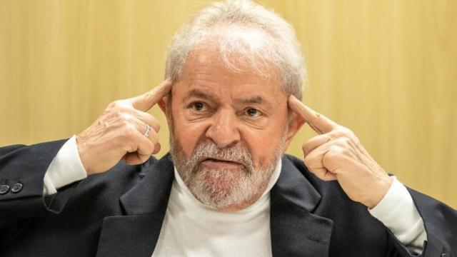 Lula diz que Brasil tem 'todas as condições de tirar Bolsonaro nas eleições de 2022'