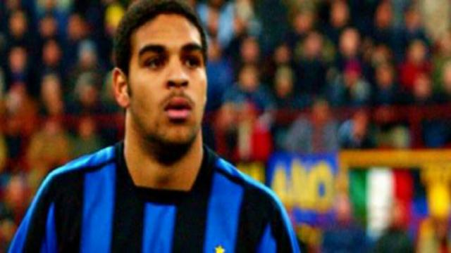 Storia Inter, 14/08/2001: Adriano al Bernabeu segna su punizione, un missile da 170 km/h