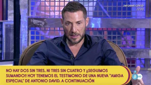 Antonio David Flores: crisis de pareja o teatro