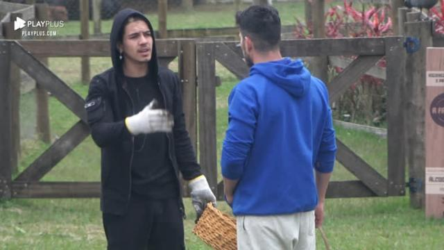 Eliminado de 'A Fazenda 12', JP Gadêlha descobre 'traição' do amigo Biel