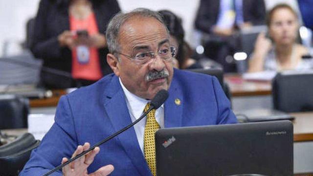 PF encontra Chico Rodrigues, vice-líder do governo, com R$ 30 mil escondidos na cueca