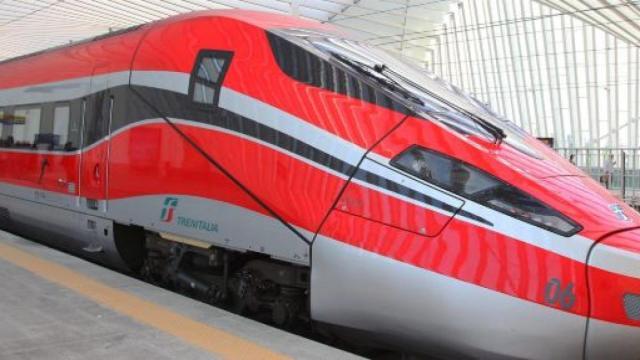 Offerte di lavoro: Ferrovie dello Stato e Ovs ricercano personale