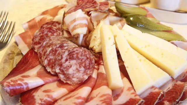 5 alimentos que precisam ser evitados por quem faz dieta