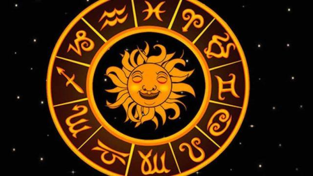 Oroscopo, stelle e classifica di venerdì 23 ottobre: Ariete sereno, Acquario nervoso