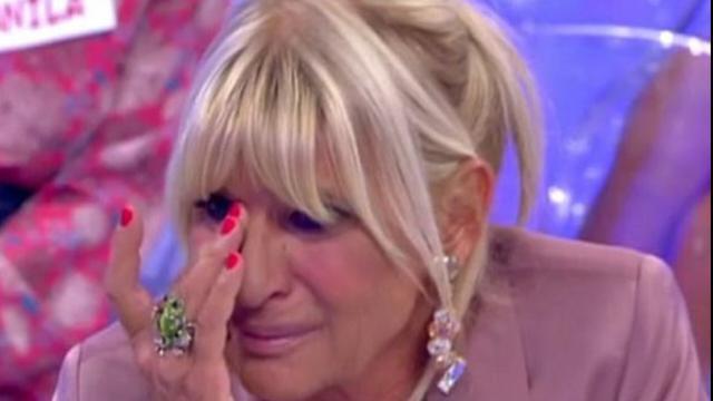 Uomini e Donne: durante la registrazione del 23 ottobre Gemma appare disperata in un video