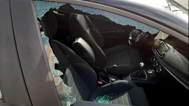 Rimini: danneggiate molte vetture dei dipendenti dell'ospedale Infermi