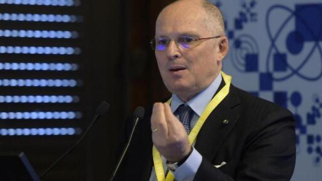 Ricciardi: 'Necessario il lockdown a Milano', Fontana contrario