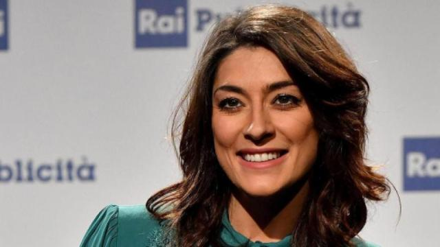 Ballando con le Stelle, Elisa Isoardi smentisce flirt con Todaro: 'Lo dite voi'