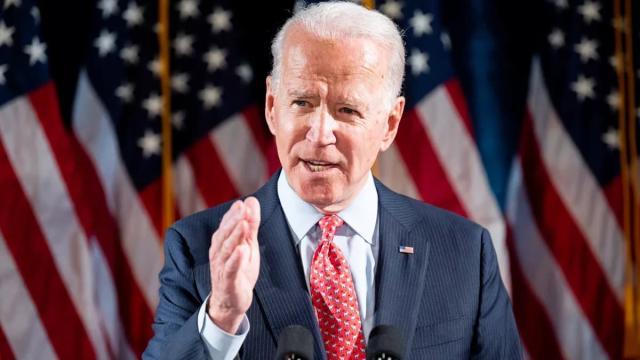 Não é verdade: Joe Biden assediando crianças não passa de boato