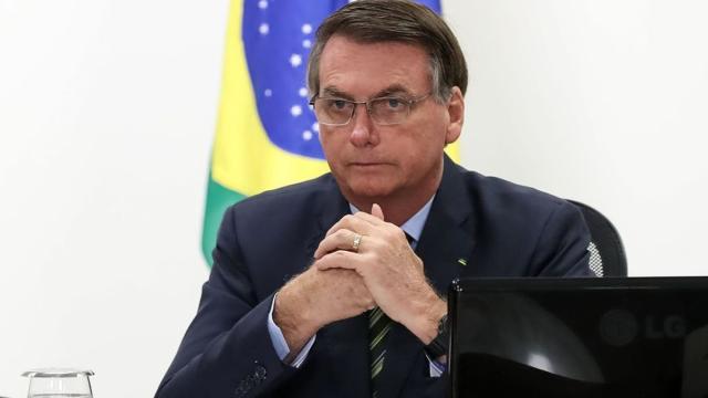 Bolsonaro diz que foi 'roubado' nas eleições de 2018