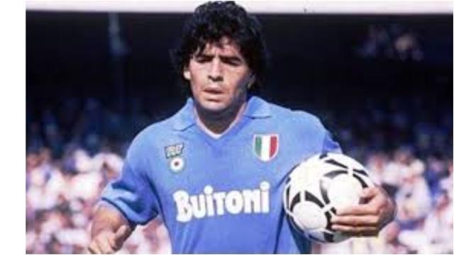 È morto Maradona, la leggenda del cacio si è spento a 60 anni per un arresto cardiaco