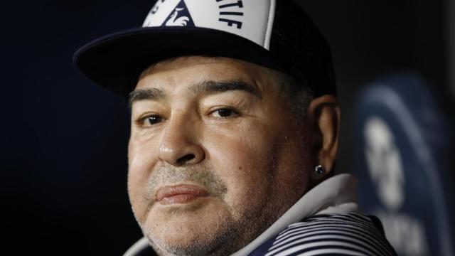 Diego Armando Maradona, muore a 60 anni: addio alla leggenda del calcio