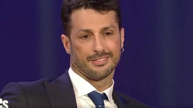 Fabrizio Corona: 'Fedez e Chiara Ferragni fanno tutto a tavolino, Iannone è uno sfigato'